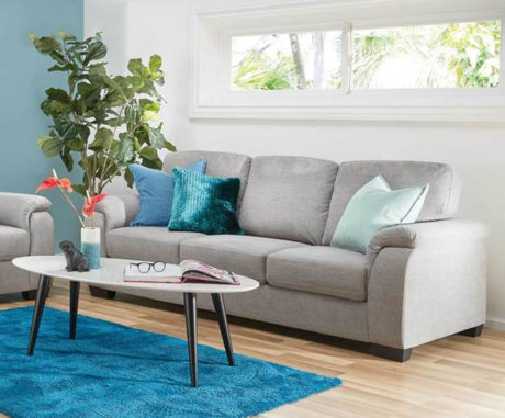 LOUNGES & RECLINERS